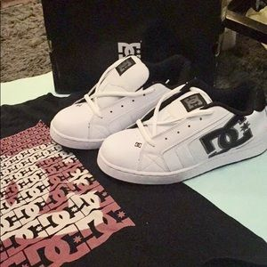 NWT DC shoes size 9